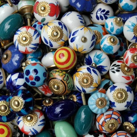 kastknoppen- India Verkrijgbaar in verschillende kleuren / patronen Prijs: € 3.00